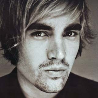 Charlie Simpson - Down Down Down Lyrics | Letras | Lirik | Tekst | Text | Testo | Paroles - Source: musicjuzz.blogspot.com
