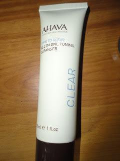AHAVA All in One Toning Cleanser @ Beauty Bunker