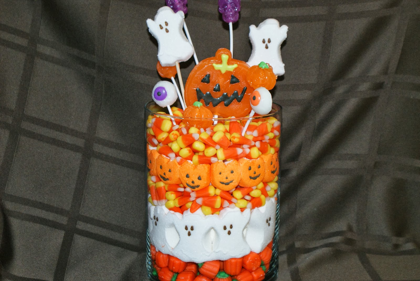 Halloween candy centerpiece macaroni kid