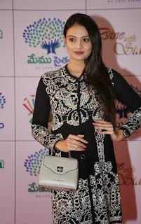 Actress Nikitha Narayan Picture Gallery in Designer Dress at Memu Saitam Dinner with Stars Red Carpet  24).jpg