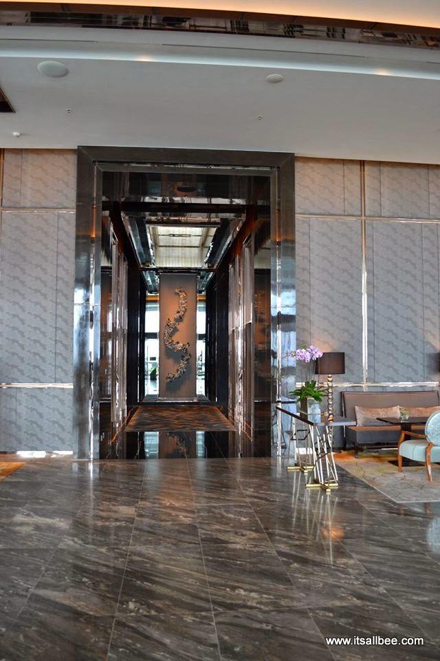 Hong Kong: Lunch Date at Ritz Carlton HONG KONG