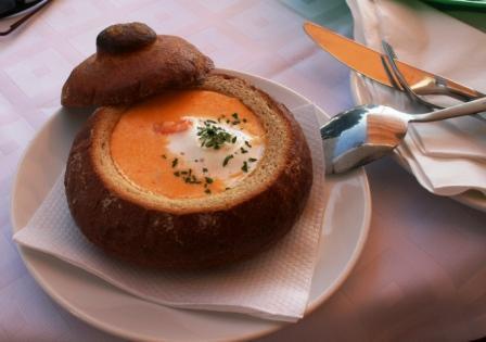 sopa no pão italiano - foto