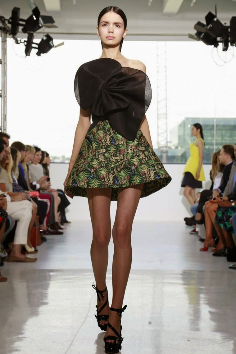 Delpozo spring summer 2015, Delpozo ss15, Delpozo , Delpozo ss15 nyfw, Delpozo nyfw, nyfw, nyfwss15, nyfw2014, fashion week, new york fashion week, du dessin aux podiums, dudessinauxpodiums, vintage look, dress to impress, dress for less, boho, unique vintage, alloy clothing, venus clothing, la moda, spring trends, tendance, tendance de mode, blog de mode, fashion blog,  blog mode, mode paris, paris mode, fashion news, designer, fashion designer, moda in pelle, ross dress for less, fashion magazines, fashion blogs, mode a toi, revista de moda, vintage, vintage definition, vintage retro, top fashion, suits online, blog de moda, blog moda, ropa, asos dresses, blogs de moda, dresses, tunique femme,  vetements femmes, fashion tops, womens fashions, vetement tendance, fashion dresses, ladies clothes, robes de soiree, robe bustier, robe sexy, sexy dress