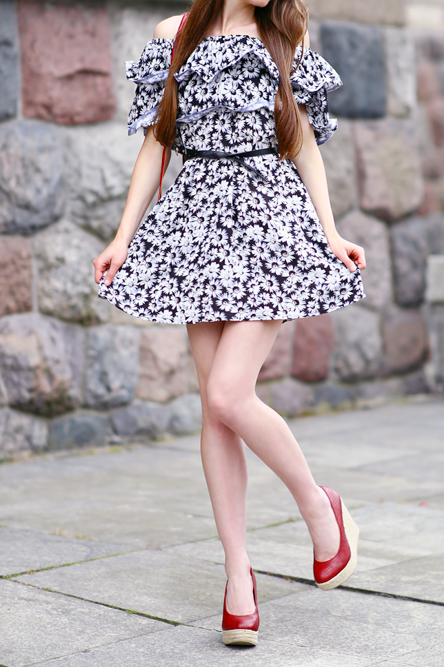 red wedges floral dress