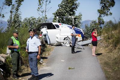 Acidente - Helicoptero cai em Ponte de Lima