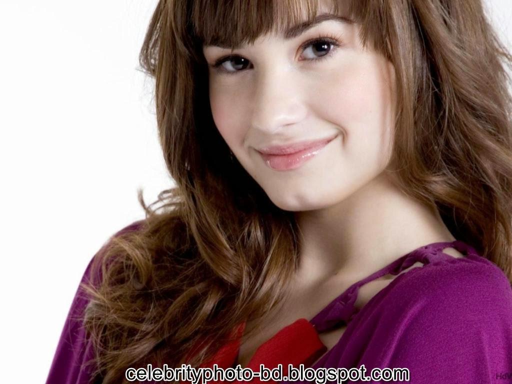 Actress+Demi+Lovato+Photos009