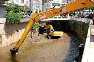 Dragagem visa desassorear rio Paquequer e evitar transbordamentos