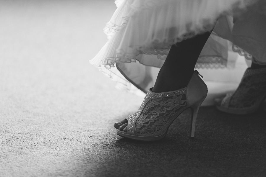 wedding, shoe, detail, bride, bridal, heels, fort valley, massee lane, garden, georgia, macon, wedding photography