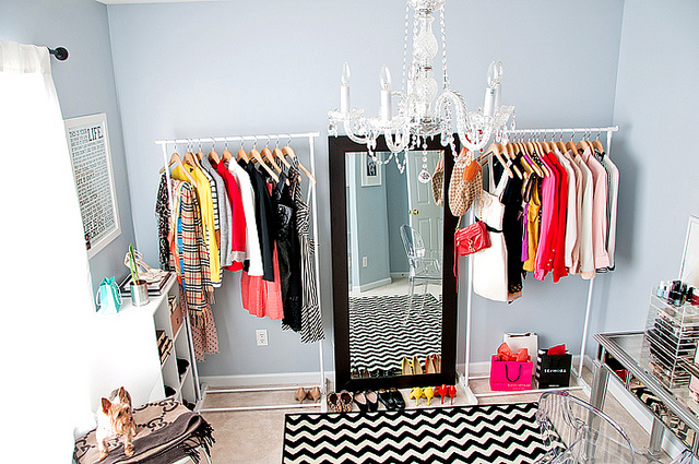 Mix and Chic: Makeover Miracle- Closet turned office and spare ...