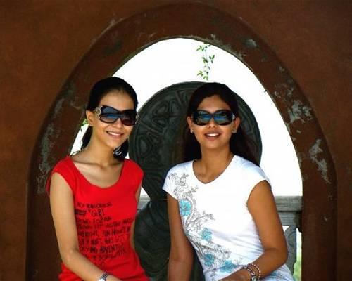 Humaima Malik with Sunita Marshal