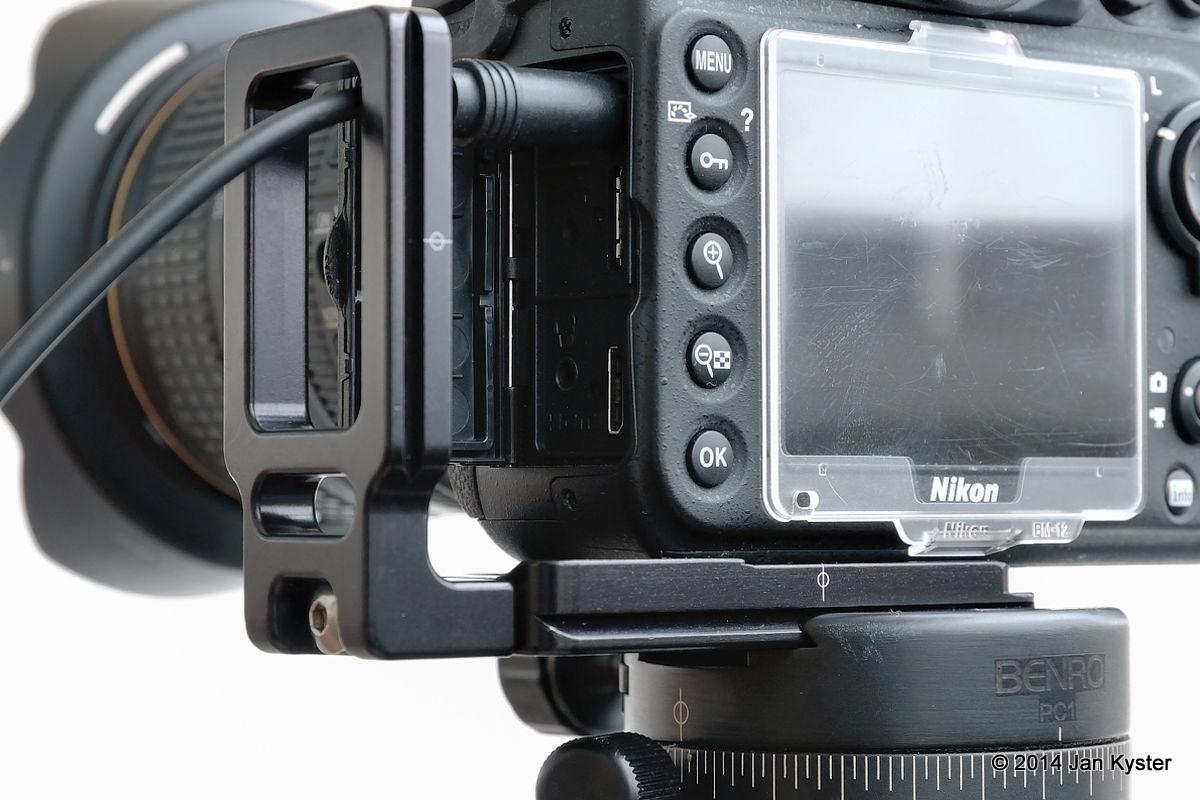Nikon D800 w/ Hejnar ND800 MLB slid off / connector door open back