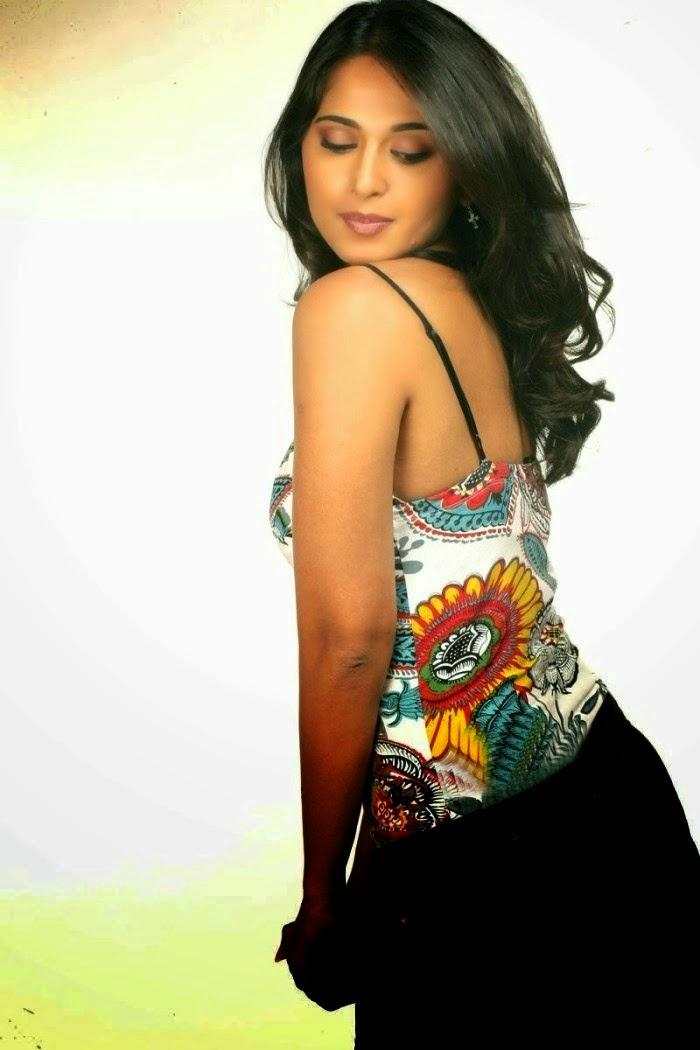 Anushka New Look Photo Shoot