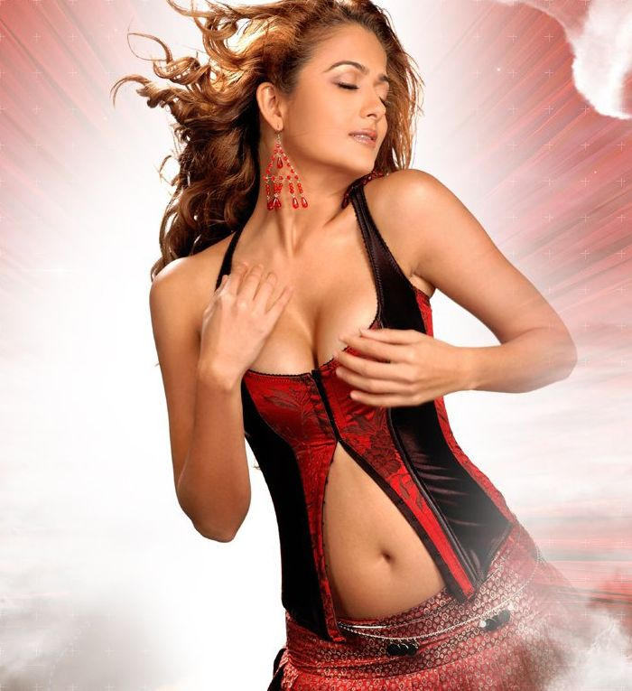 Amrita arora hot bollywood actress mine