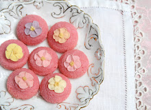 Pink Amaretti
