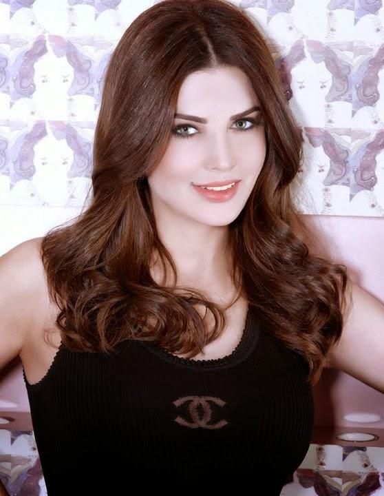 Mona Abou Hamza