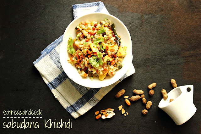how to cook Sabudana Khihdi