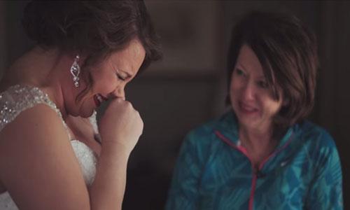 Surat Ibu yang Terungkap 20 Tahun Saat Pernikahan Putrinya