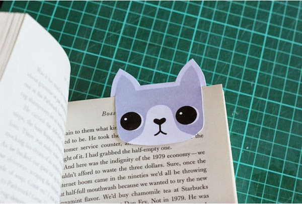 Marcapáginas en forma de gato con cartulina