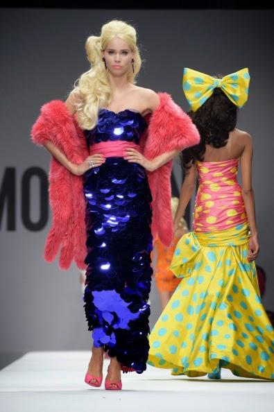 Vídeo do desfile Moschino primavera-verão 2014-2015