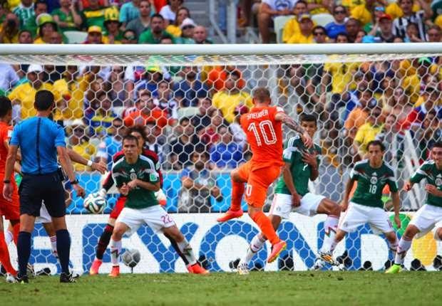 Cooling Break Pertama Bola Sepak Piala Dunia FIFA