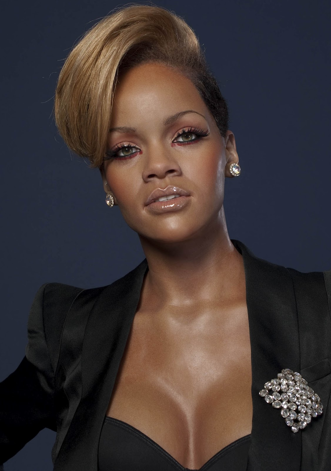 Rihanna Hairstyle Trends