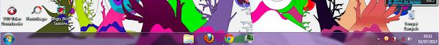 Membuat Icon Program Berada di Tengah Taskbar