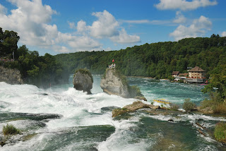 Rhine Falls Cascadas en Suiza