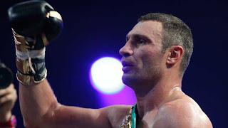BOXEO-Klitschko deja KO a Manuel Charr
