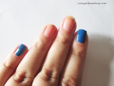 Nail art: Un vortice di colore