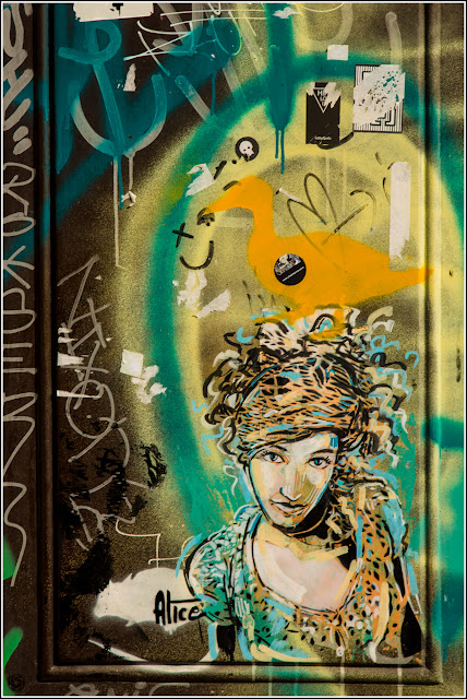 Barcelona, Graffiti (Street Art) - Alice