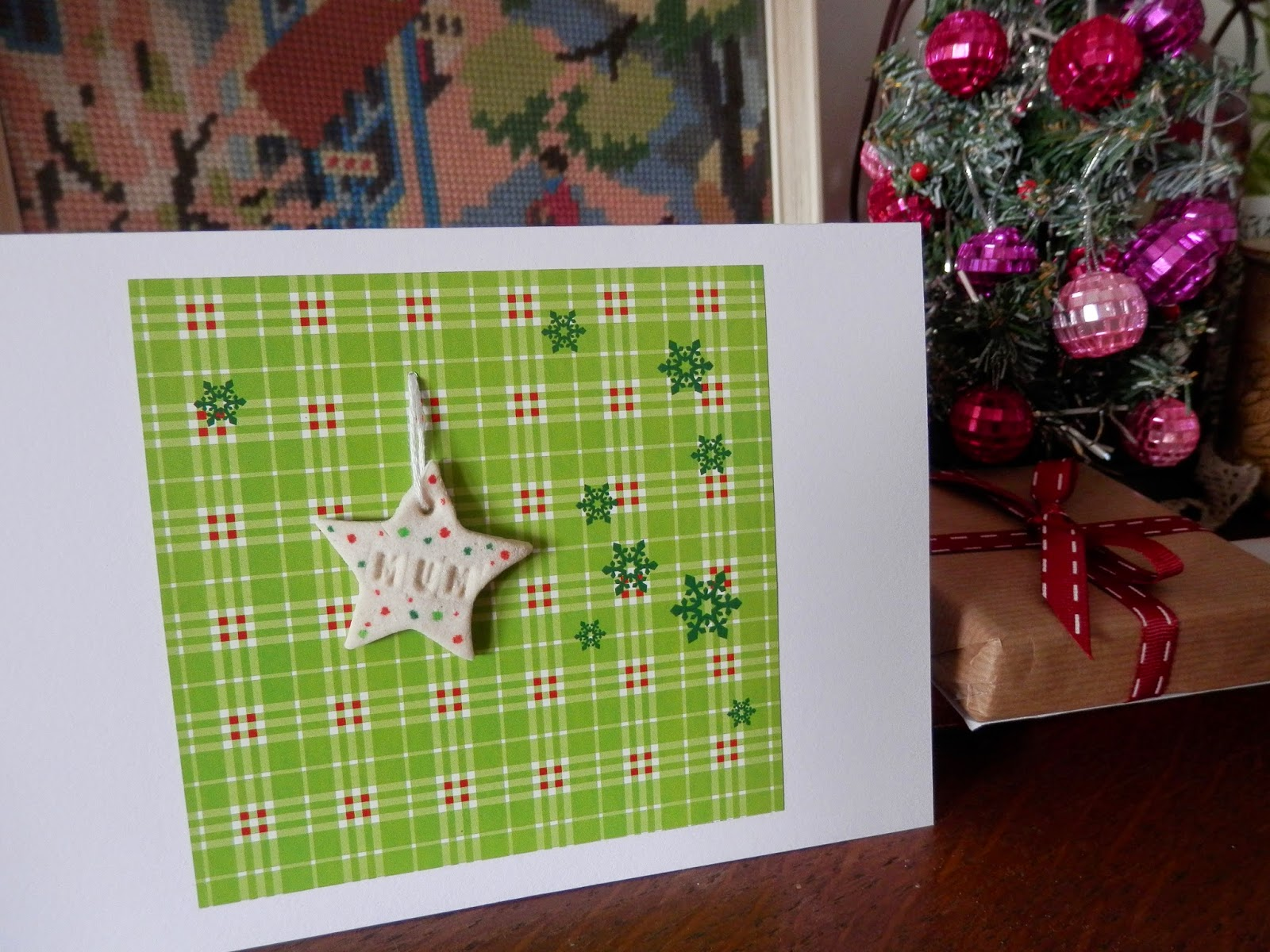 handmade-christmas-cards-with-salt-dough-tags-how-to secondhandsusie.blogspot.co.uk