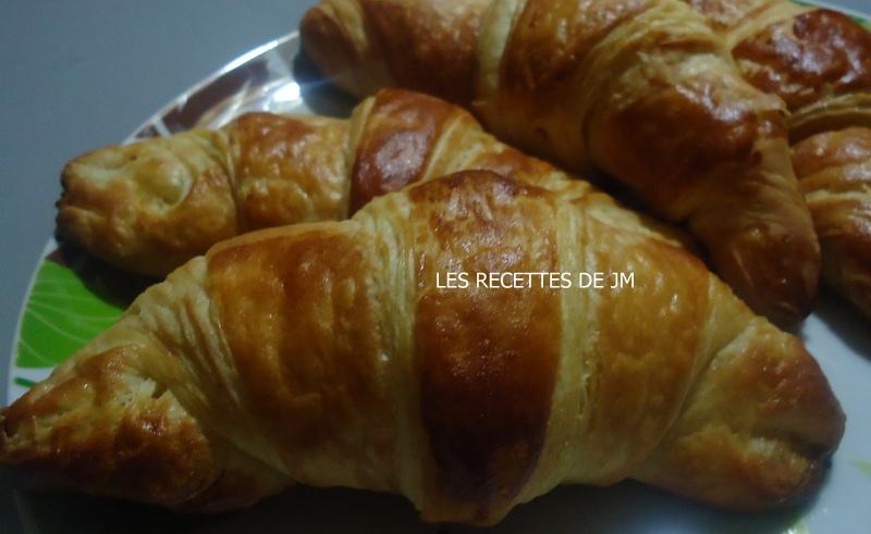 Les recettes de jm croissants au beurre - Recette croissant au beurre ...