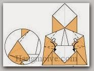 Bước 12: Kéo và gấp cạnh giấy xuống dưới (xem thêm video).