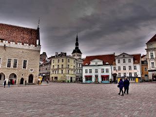 Таллиннская Ратушная площадь
