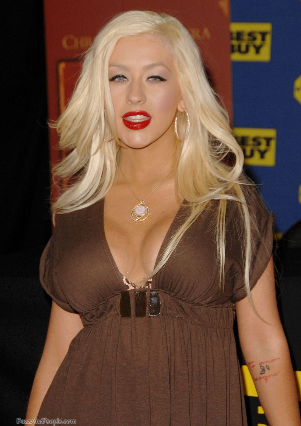 Christina aguilera nude bikini photos 73