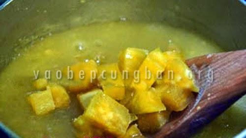 Cách nấu chè ngô khoai lang 3