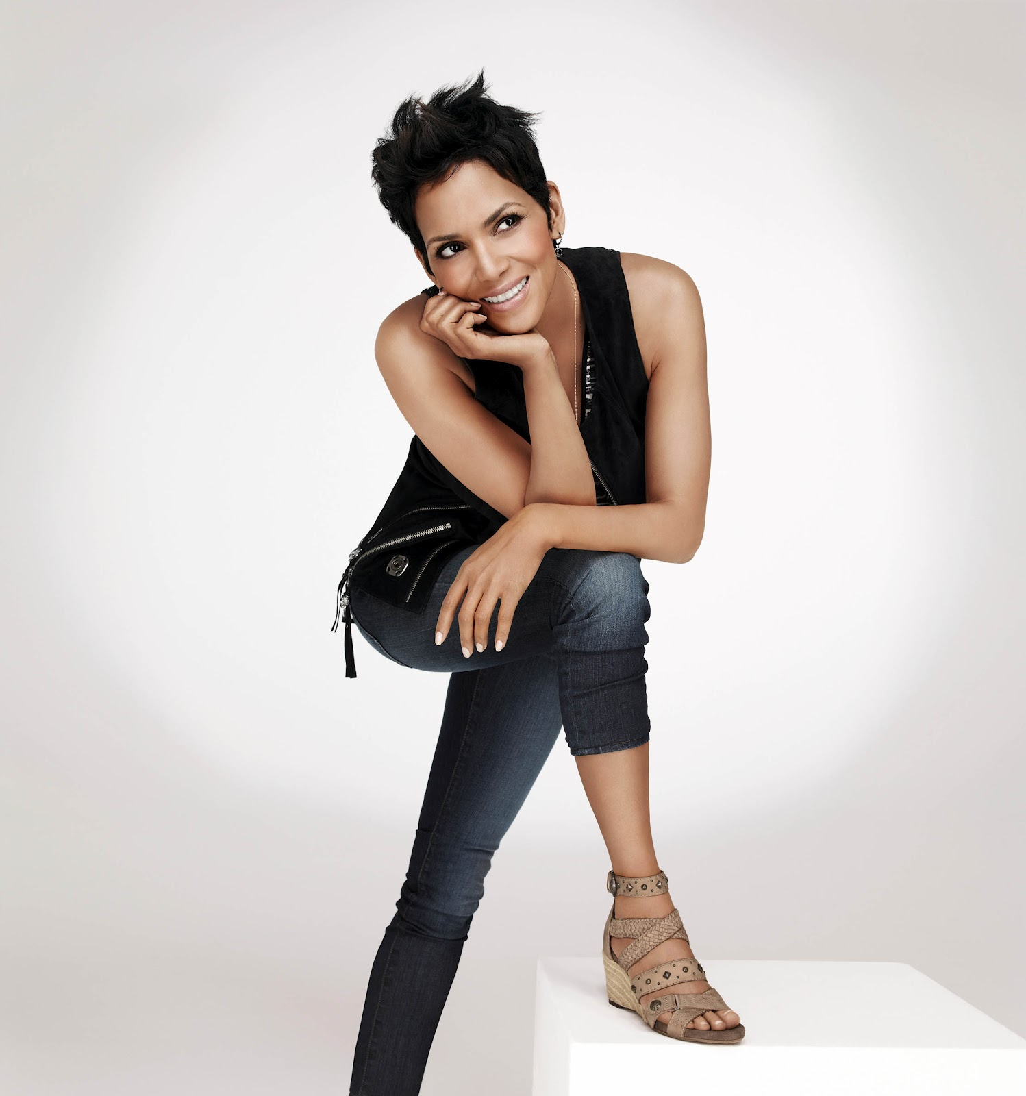 Halle Berry Fashion Model