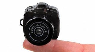 Teknologi Terbaru : Kamera Digital Terkecil Di Dunia