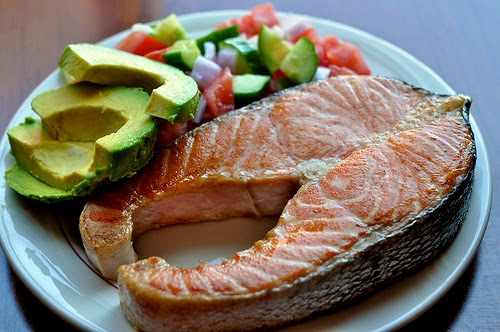 salmon-aguacate