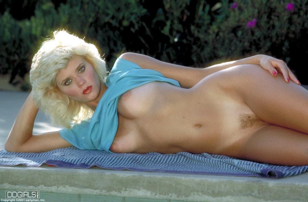 Фото голой актрисы беверли линн
