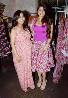 Tanisha Mukherjee Looks Fat at Nisha Sainani SS15 and Mrinalini collection launch, Mumbai