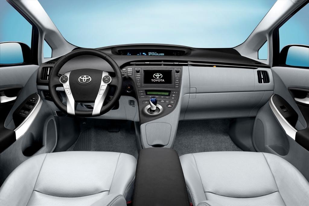 Sophisticated Cars Toyota Prius Plus 2013
