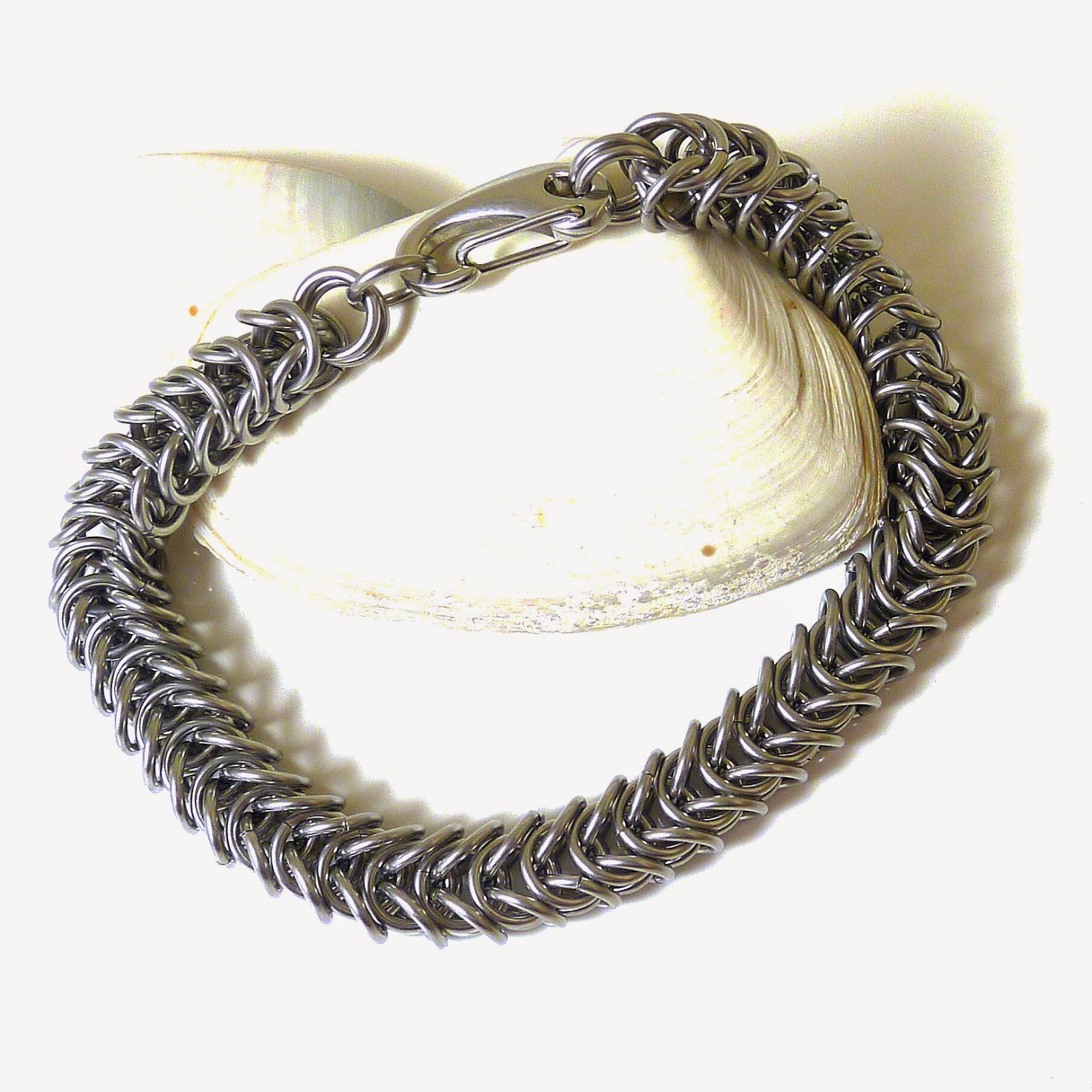 http://www.shazzabethcreations.co.nz/#!product/prd1/2560146991/men%27s-stainless-steel-box-chainmaille-bracelet