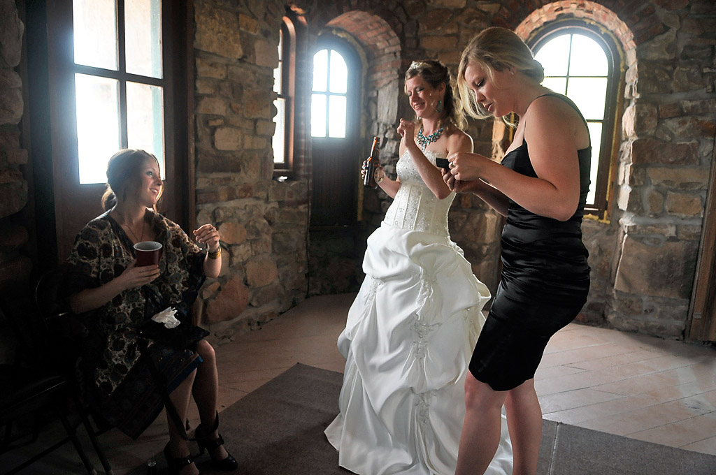 the two photos posted here are from a wedding i photographed two weeks ago at boldt castle in alexandria bay ny