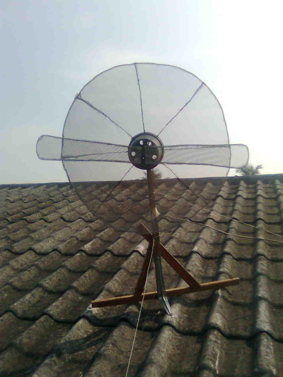 Cara mudah membuat antena parabola › Ada Gratis Two