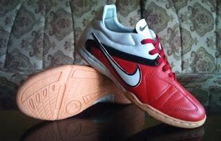 Sepatu Futsal Handmade Nike CTR II