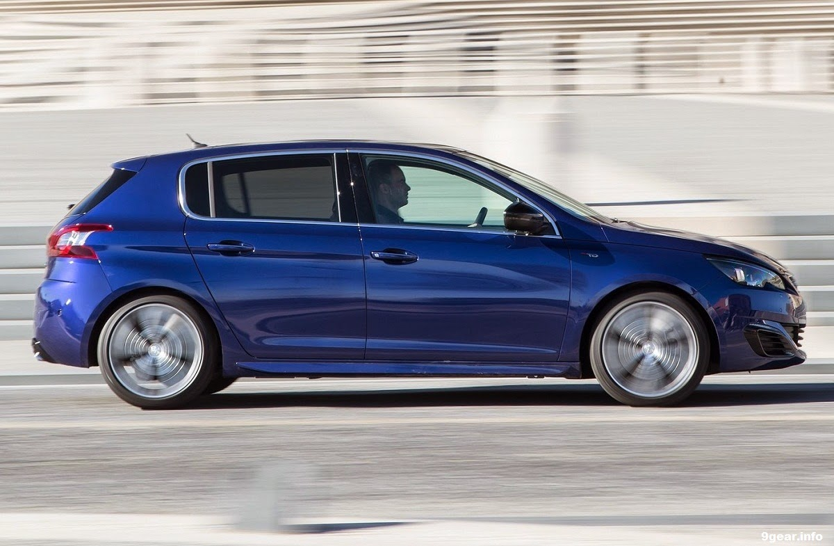sporty styling new peugeot 308 gt hatchback car reviews new car pictures for 2018 2019. Black Bedroom Furniture Sets. Home Design Ideas
