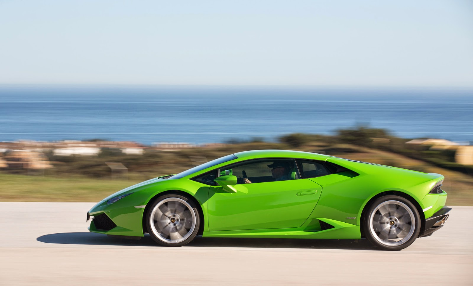 lamborghini huracan price and specs lamborghini huracan lp610 4 spyder price specs review pics. Black Bedroom Furniture Sets. Home Design Ideas