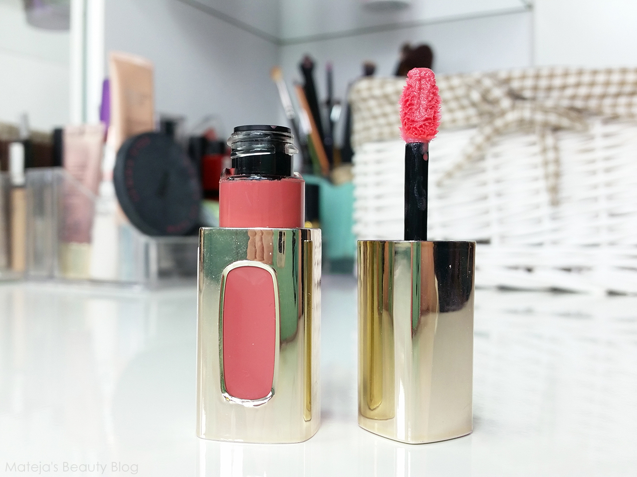 New In 27 And A Surprise Giveaway Matejas Beauty Blog Bloglovin Krezi Kamis 26 Bourjois Rouge Edition Velvet Lipstick Loreal Lextraordinaire Liquid 101 Rose Melody Im Huge Fan Of These Despite The Hefty Price Tag For Drugstore Gloss