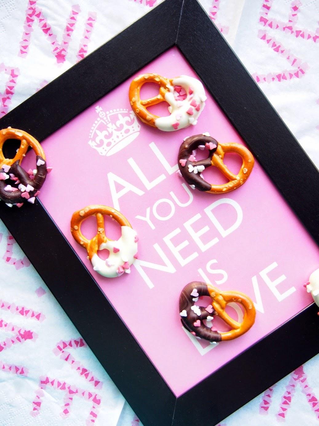 Ystävänpäivän suklaiset rinkelinaksut – Valentine chocolate pretzels